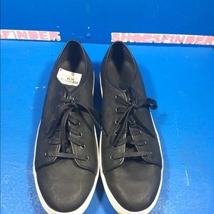 Vince Shoes - Nw Vince size 12-46
